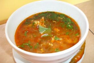 ciorba de pui zuppa di pollo romania