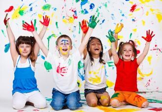 5 idee festa per bambini originale low cost teatro burattini clown giocolieri caccia al tesoro