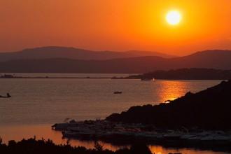 sardegna 5 posti da vedere in vacanza cagliari alghero costa smeralda asinara nuraghe vacanza