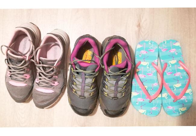 cammino di santiago kit per 250 km ad aprile viaggio avventura le scarpe da portare