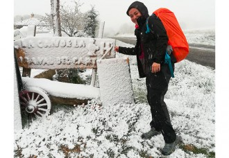 cammino di santiago kit per 250 km ad aprile viaggio avventura