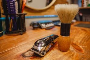 Come fare la barba: rasoio elettrico o lametta?