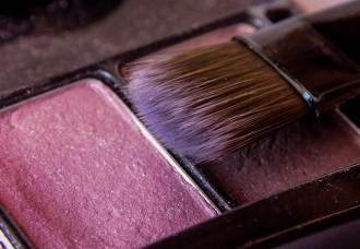 pennelli blush viso tecniche consigli su come applicarlo alle diverse forme di viso