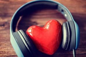 Canzoni romantiche per San Valentino: le parole dell'amore